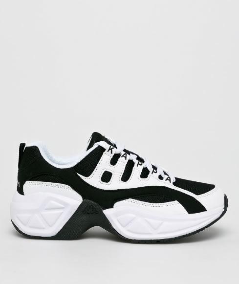 Sneakersi 2019