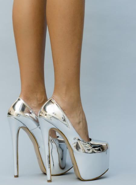 Pantofi Argintii Cu Platforma Inalta Si Toc Gros