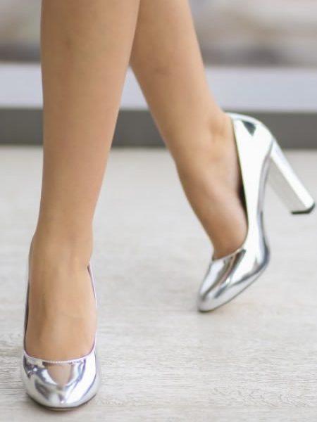 Pantofi Argintii De Lac