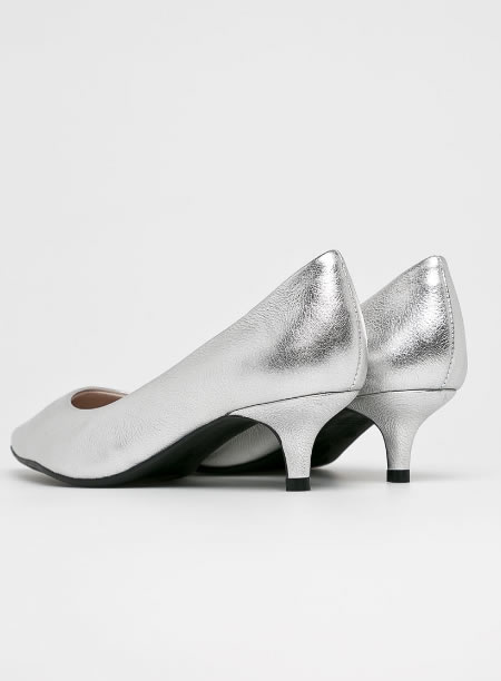 Pantofi Argintii Din Piele Cu Toc Mic Kitten Heel