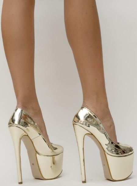 Pantofi Aurii Cu Platforma Inalta Si Toc Gros