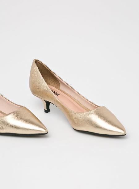 Pantofi Aurii Cu Toc Kitten Heel Din Piele
