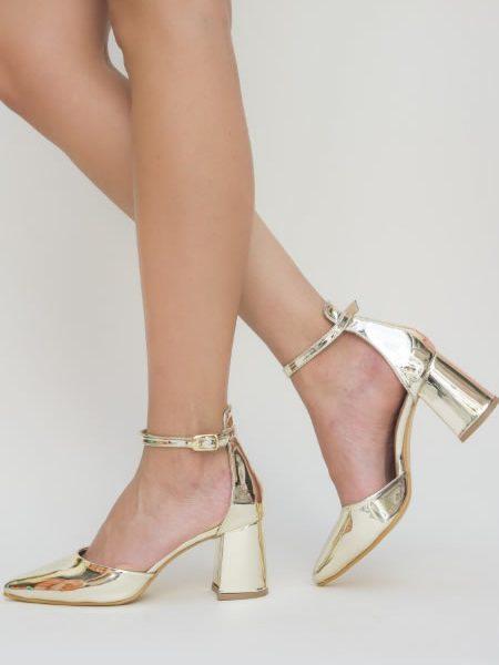 Pantofi Aurii Cu Toc Mediu Si Cu Bareta