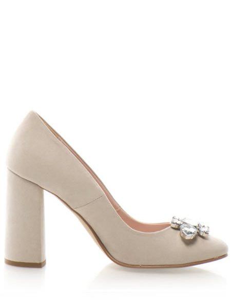 Pantofi Bej Cu Toc Gros Inalt Si Pietre