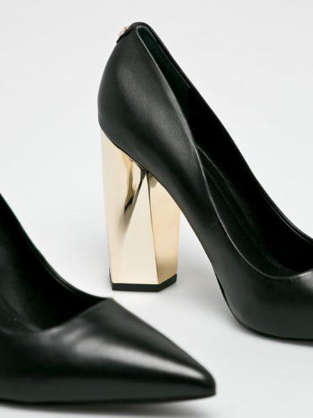 Pantofi Cu Toc Gros De Piele Guess