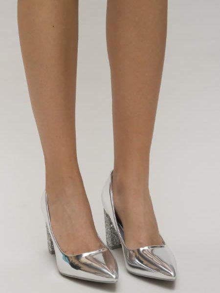Pantofi Cu Toc Gros Si Cu Sclipici