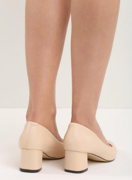 Pantofi Cu Toc Mic Patrat Bej