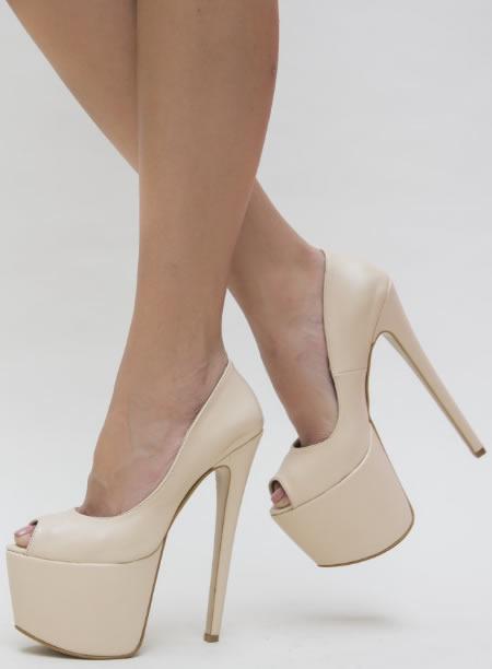 Pantofi Cu Toc Si Platforma Foarte Inalti Bej