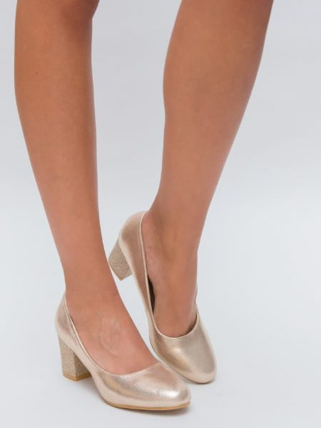 Pantofi Cu Varf Rotunjit Si Toc Mediu Aurii