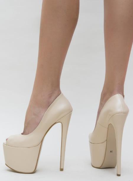 Pantofi De Club Foarte Inalti Bej