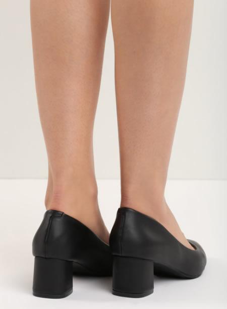 Pantofi Negrii Cu Toc Mic Patrat