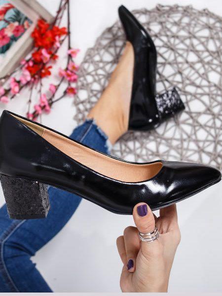 Pantofi Toc Jos Cu Paiete Negri