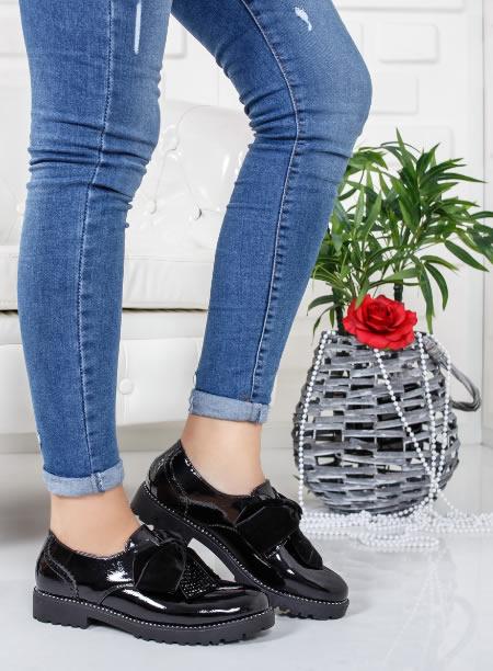 alta sansa mai bine design divers Pantofi dama OXFORD fara siret. Negri si bordeaux