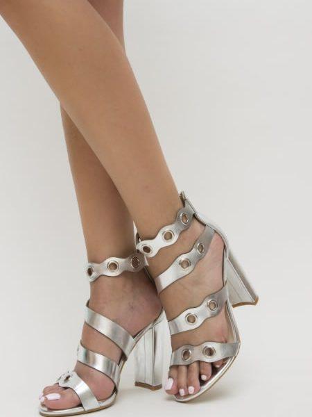Sandale Argintii Cu Capse