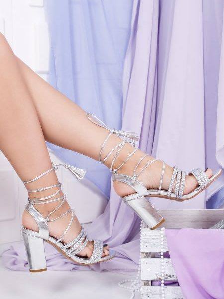 Sandale Cu Siret Argintii