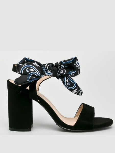 Sandale Cu Toc Gros Casual