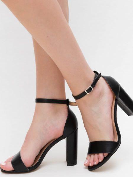 Sandale Cu Toc Gros Inalt Negre