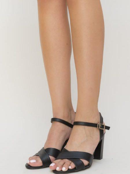 Sandale Cu Toc Gros Si Barete In X
