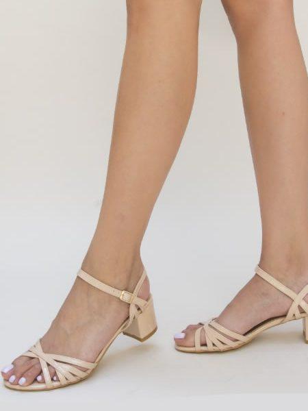 Sandale Cu Toc Mic Bej