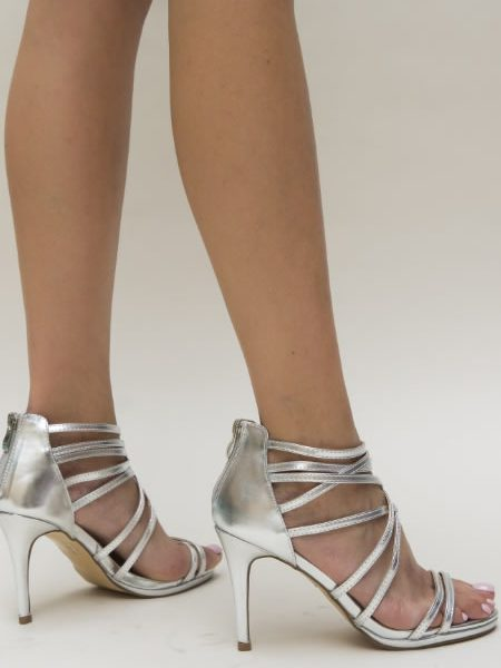 Sandale Cu Toc Si Barete Argintii