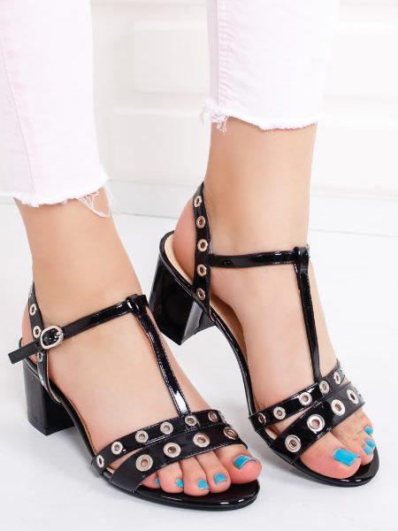 Sandale Negre Cu Toc Mediu Si Capse