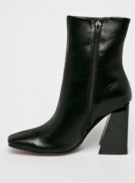 Botine Negre La Moda Cu Toc Gros
