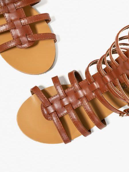 Modele De Sandale Gladiator Cu Talpa Joasa Scurte