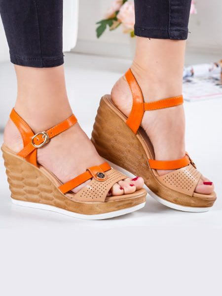 Sandale Bej Cu Platforma