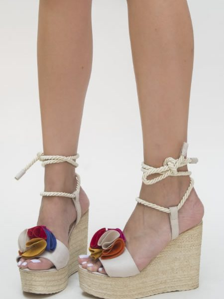 Sandale Bej Cu Platforma Impletita