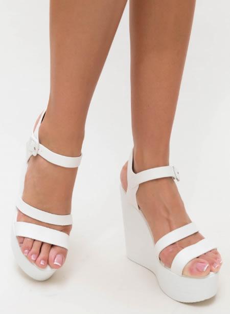 Sandale Cu Platforma Inalta Albe