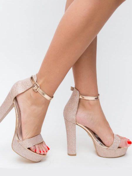 Sandale Ieftine Aurii Cu Toc Gros Si Platforma