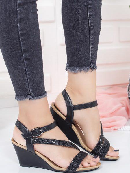 Sandale Negre Cu Platforma Joasa