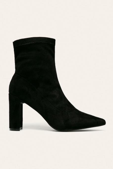 Botine Cu Toc Gros Si Varf Ascutit Sock Boots