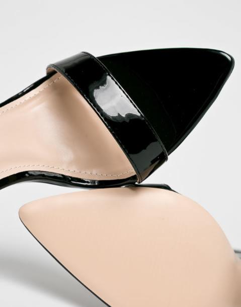 Sandale Cu Toc Gros Si Varf Ascutit Din Lac
