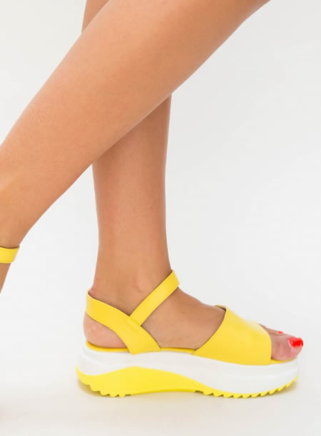 Sandale Cu Platforma Zimtata Galbene