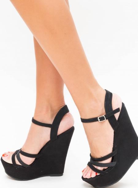 Sandale Negre Cu Platforma Ortopedica Inalta